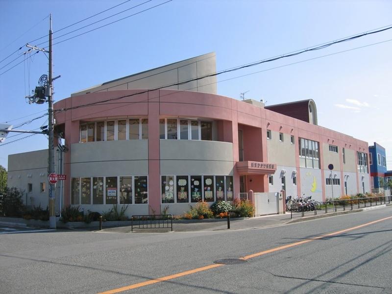 摂津ひかり保育園(玄関)